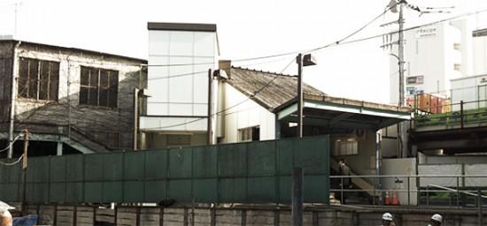 旧駅舎がステージになる「らいぶはうすEKI」